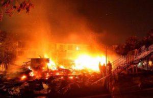 18659c8da5ea918c 300x193 Страшна пожежа в одеському таборі Вікторія. Питання не Хто винен, а Що робити.